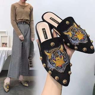 Europe and the United States fashion female slippers women's shoes Baotou tiger head rivets lazy shoes half drag tide