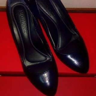 氣質黑羊皮跟鞋