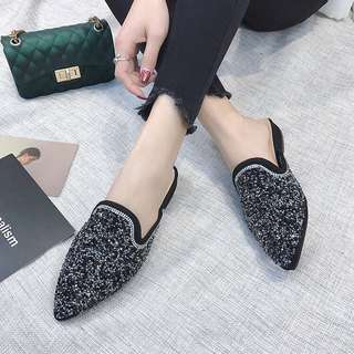 2018 spring new female slippers Europe and the United States fashion pointed flat with a flat baotou half dragging rhinestones lazy shoes wear