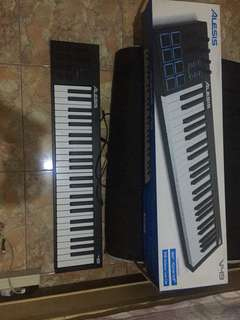 Jual Usb Midi keyboard controller alesis V49(good condition)