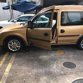 Toyota Estima Auto