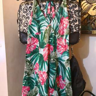 Forever 21 tropical haltered dress