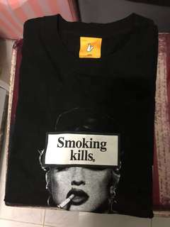 Fr2 smoking kills tee 麥當娜