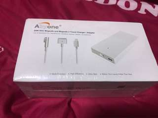 Apple Travel Charger/Adapter