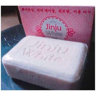 Jinju White Korean Soap (13 stocks left)