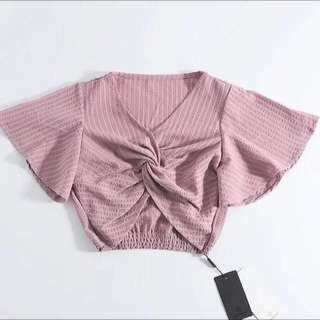 (More cols) Butterly crepe crop twisted Top