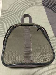 Authentic Samsonite Toiletry Kit