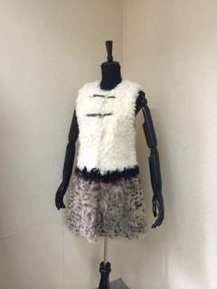 毛毛背心 Fur vest with Fox fur trims