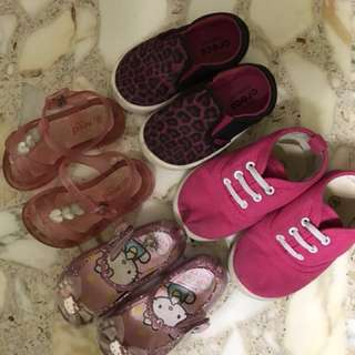 Girls Shoes (USED)