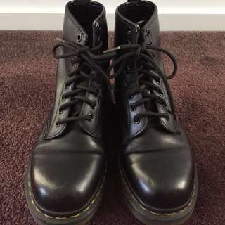Dr Martens Black Boots 1460
