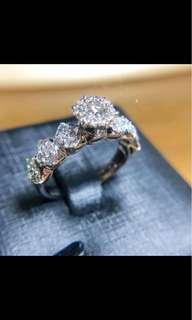 日本珠寶直送 18K白金鑽石戒指 共1卡