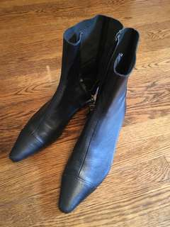 Zara leather boots 37 worn once