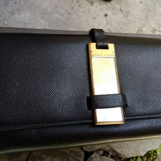 Dompet charles and keith black