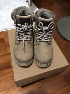 Winter Time Cream Winter Boots