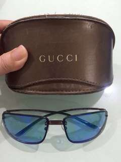 AUTHENTIC GUCCI SHADES - UNIT