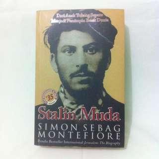 Stalin Muda - Simon Sebag Montefiore
