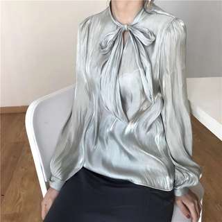 🔱 (More cols) Soft Sheen balloon sleeve pussybow blouse