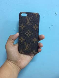 Lv phone case 5s w/box