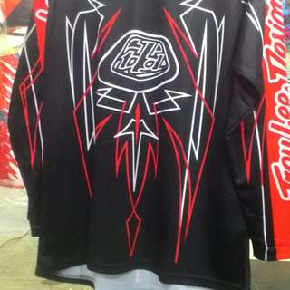 tshirt long slevee Troy Lee. rm65.00