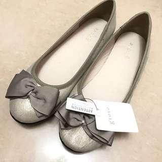 全新日本超靚鞋蝴蝶結size 39 平底鞋超舒服