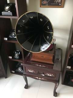 Antique 78rpm gramophone