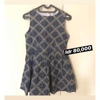 pattern dress wanita