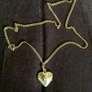 Saudi Gold Necklace with Heart Locket Pendant ( Authentic )