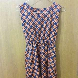 Preloved Mini Dress Hitam Orange Square Fit to L Mat Spandek Tebel