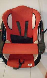 Car Seat (reserve for collection on 22nd)