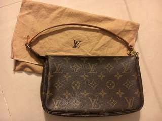 LV Louis Vuitton Small Bag. Authentic. Good condition. Comes with dust bag.