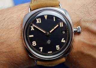 絶版 Panerai California Dial PAM 424 - original $59,700 now $36,000