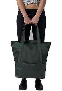 Lululemon Hot Mesh Bag
