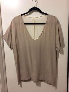 Aritzia Babaton silk crepe blouse - size medium