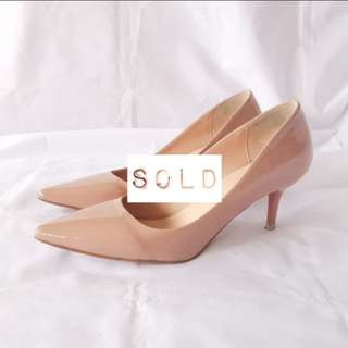 ➖SOLD➖Gloss Patent Pointed Toe Heels (Blush Nude)