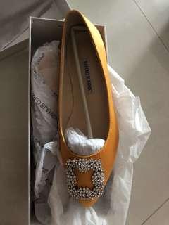 Manolo B look alike heels yellow flats