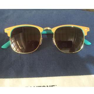 Shades (Brand New) for 300Php!!!