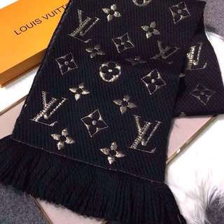 Authenthic LV logo mania shine scarf