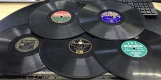 5 x 78rpm Records - Made in England