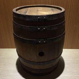 橡木桶 木桶 擺飾木桶 垃圾桶 置物桶 裝置藝術 造型背景 擺飾道具