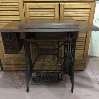 正庄霸王號裁縫機 霸王號裁縫機 早期裁縫機  縫紉機 裝置藝術 造型背景 拍戲道具