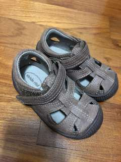 Boys Stride Rite Sandals 12-18 months old UK 4.5