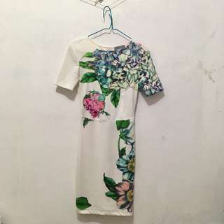White Flowery Bodycon Dress