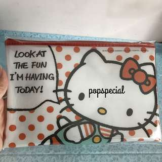 Hello Kitty Zipper Vinyl Pouch Bag
