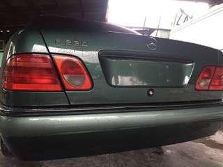 Mercedes Benz E230 elegance