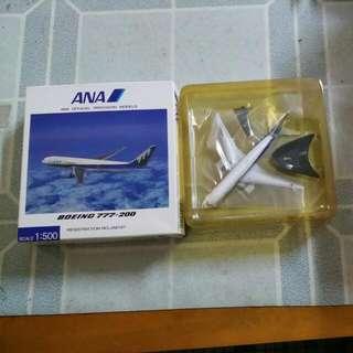 ANA Boeing 777-200 飛機模型一部連盒