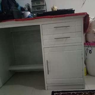 Meja, bangku dan rak 5 tingkat