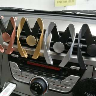 Car stand holder