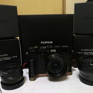 Fujifilm X100F with WCL-X100 & TCL-X100 version 1