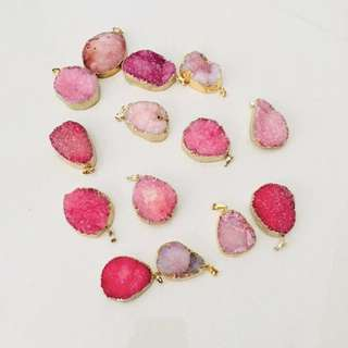 $14 for 12pcs // $1 each - rose druzy stone pendant (gold)