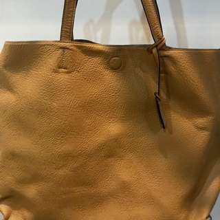 PreLoved Item: Authentic Hush Puppies